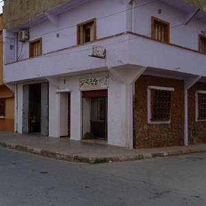 Ain-temouchent-Immobilier-A-Vendre-maison(ou-villa)-Non-Meublé-6-Pièce(s)