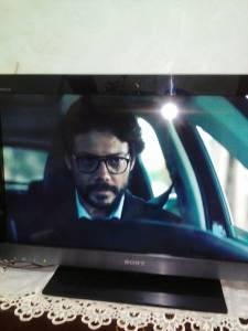 Alger-Informatique-Multimedia-je-mét-en-vente-un-plasma-Sony-Bravia-32
