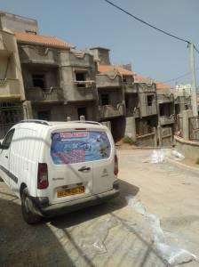 Alger-Emploi-Services-معكم-فريق-محترف-في-مجال-الترصيص-الصحي-والتدفئة-الم